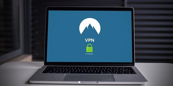 AWSインターネットVPNの使い方や選び方などを考察してみました
