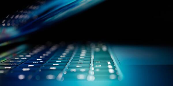 シンクライアントとデスクトップ仮想化の違いとは?